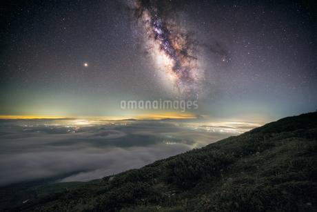 鳥海山からの眺め 日本 山形県 遊佐町の写真素材 [FYI03401670]