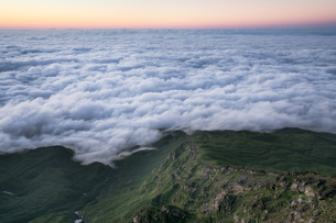 鳥海山からの眺め 日本 山形県 遊佐町の写真素材 [FYI03401672]