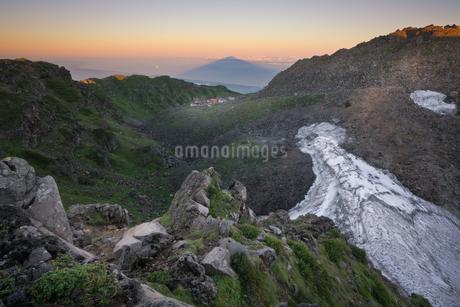 鳥海山からの眺め 日本 山形県 遊佐町の写真素材 [FYI03401679]