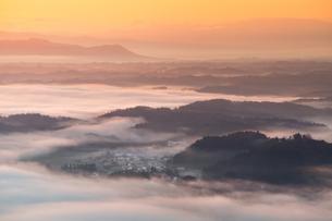 高尾山 日本 秋田県 秋田市の写真素材 [FYI03401742]