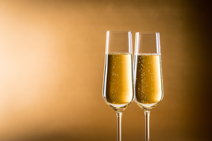 シャンパン、スパークリングワインの写真素材 [FYI03402059]