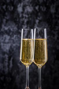シャンパン、スパークリングワインの写真素材 [FYI03402063]