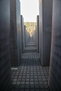 ベルリン、記念碑からの空の写真素材 [FYI03402263]