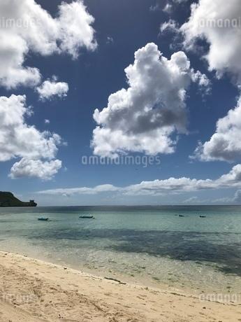 グアムの夏空の写真素材 [FYI03402466]