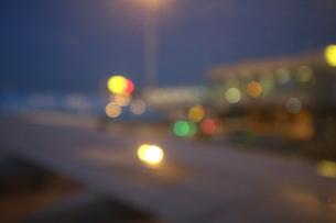 空港の夜景の写真素材 [FYI03402490]