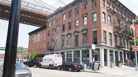 ニューヨーク ブルックリンの街角の写真素材 [FYI03402625]