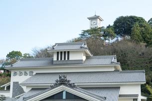 菊間瓦を 展示する 今治 かわら館の写真素材 [FYI03403030]