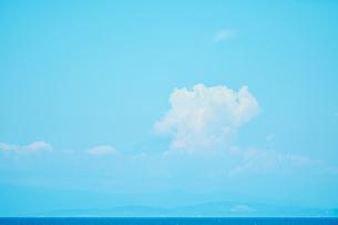 風景 青空 海の写真素材 [FYI03403610]