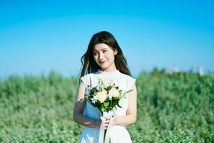 ウェディング 花嫁 ポートレートの写真素材 [FYI03403702]