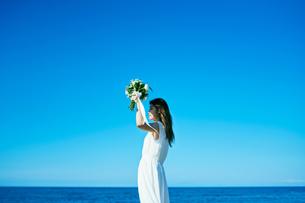 ウェディング 花嫁 ブーケの写真素材 [FYI03403715]