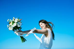 ウェディング 花嫁 ブーケの写真素材 [FYI03403728]