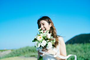 ウェディング 花嫁 ブーケの写真素材 [FYI03403730]