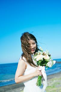 ウェディング 花嫁 ブーケの写真素材 [FYI03403731]