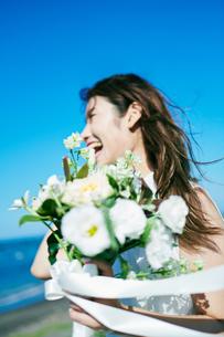ウェディング 花嫁 ブーケの写真素材 [FYI03403732]