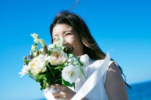 ウェディング 花嫁 ブーケの写真素材 [FYI03403738]