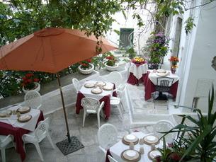 オストゥーニのレストランの写真素材 [FYI03403862]