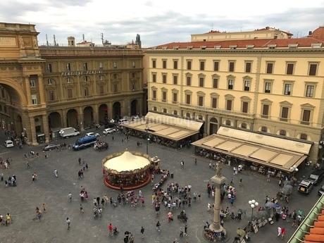 フィレンツェの広場の写真素材 [FYI03403906]