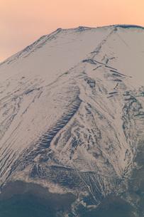 梨ヶ原から望む富士山 日本 山梨県 山中湖村の写真素材 [FYI03404081]