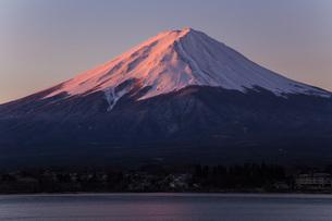 紅富士 河口湖 の写真素材 [FYI03404083]
