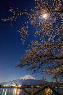 河口湖 日本 山梨県 富士河口湖町の写真素材 [FYI03404101]
