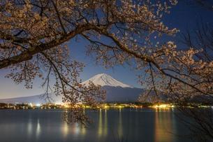 河口湖 日本 山梨県 富士河口湖町の写真素材 [FYI03404103]