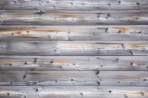 風化した木の壁の写真素材 [FYI03404183]