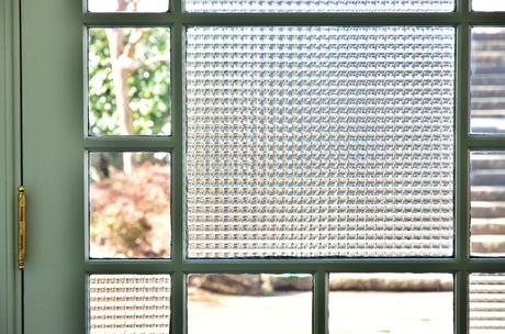ドアのガラス模様の写真素材 [FYI03405171]