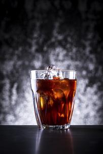 アイスコーヒーの写真素材 [FYI03405219]