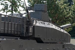 陸上自衛隊の戦車の写真素材 [FYI03405402]