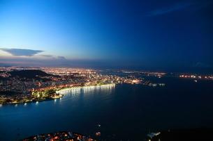 リオ・デジャネイロ夜景の写真素材 [FYI03405656]