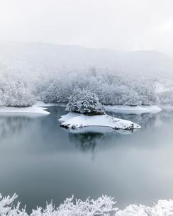 雪景色 日本 京都府 南丹市の写真素材 [FYI03406265]