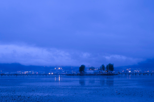 諏訪湖 日本 長野県 諏訪市の写真素材 [FYI03407365]