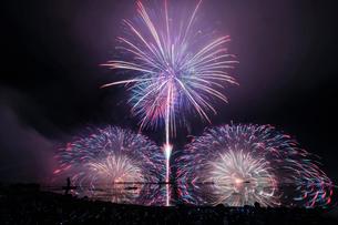 諏訪湖 日本 長野県 諏訪市の写真素材 [FYI03407367]