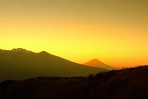 霧ヶ峰 富士見台から望む富士山 日本 長野県 諏訪市の写真素材 [FYI03407578]