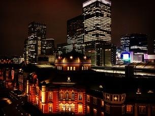 都会の美しい夜景の写真素材 [FYI03407966]