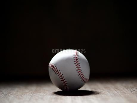 野球のボールの写真素材 [FYI03408112]