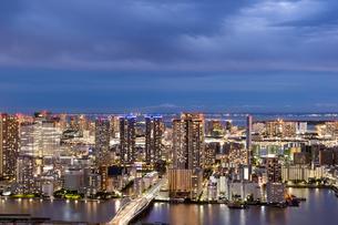 東京の夜景の写真素材 [FYI03408177]