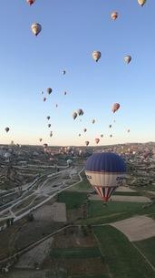 気球の写真素材 [FYI03408204]
