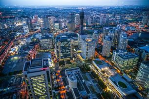 みなとみらいの夜景(横浜ランドマークタワーから)の写真素材 [FYI03408398]
