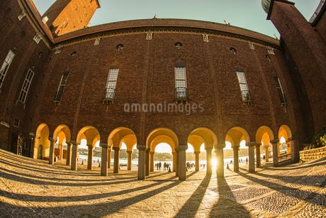 ストックホルム市庁舎の中庭(スウェーデン)の写真素材 [FYI03408464]