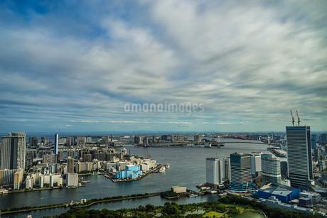 カレッタ汐留の展望台から見える東京の街並みの写真素材 [FYI03408471]