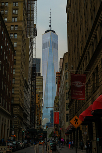ニューヨーク・ロウアーマンハッタンの街並みの写真素材 [FYI03408474]