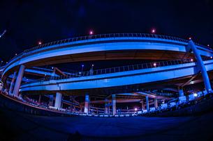 首都高速湾岸線・大黒ジャンクション(横浜市鶴見区)の写真素材 [FYI03408684]