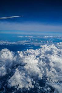 飛行機から見える風景の写真素材 [FYI03408828]