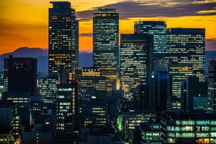 名古屋テレビ塔の展望台からの夕景の写真素材 [FYI03408841]