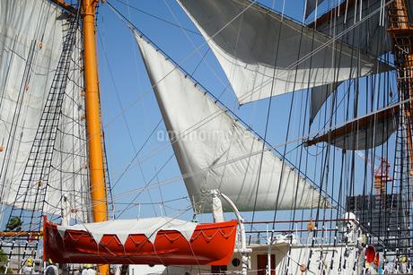 帆船の帆の写真素材 [FYI03409201]