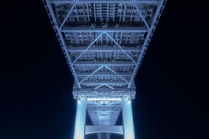 レインボーブリッジの幾何学模様の写真素材 [FYI03409518]