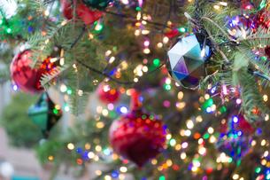 クリスマスイルミネーションの写真素材 [FYI03409832]