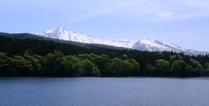 鳥海高原より望む鳥海山の写真素材 [FYI03410031]