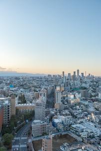 文京区から見た東京の夕暮れの写真素材 [FYI03410310]